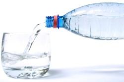Чистая вода для приготовления травяной настойки