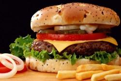 Высококалорийная пища - причина лишнего веса