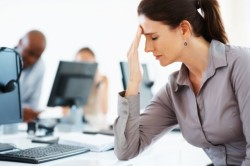 Гормональный дисбаланс как причина разрыва кисты яичника